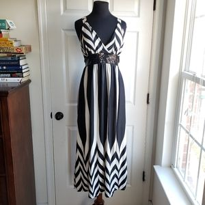 New V Neck M Black White Tiger Maxi Dress Sequin